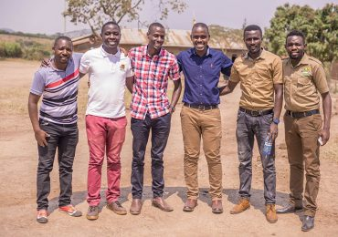 great-trekkers-tour-guides-and-team