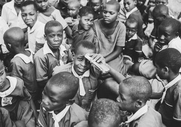 local-school-children-uganda